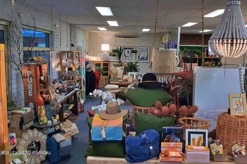 Shops19May-115